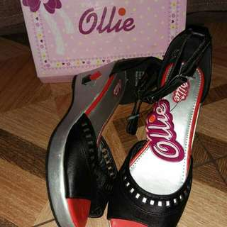 Ollie black/silver wedge size:6,8