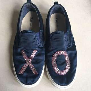 Gap slip on shoes