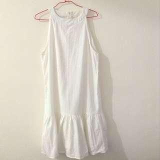 🚚 純白魚尾棉麻洋裝
