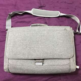 "Kensington 15"" Laptop Bag with IPad Slot"