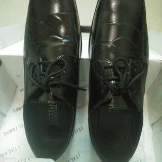 Italianos Black Shoes for men