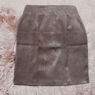 Brown Highwaisted Knee-length Skirt