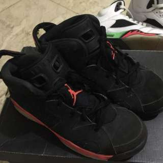 Air jordan 6 (authentic) in good used condition size 3y