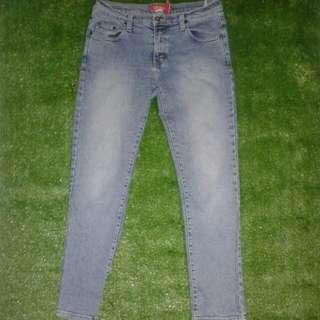 Celana Jeans Keren Preloved