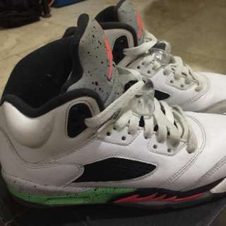 Air jordan 5 retro size 4y