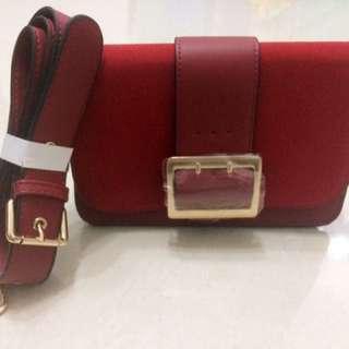 全新紅色斜揹袋 Brand New Red Shoulder Bag