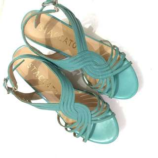 Stacatto wedges tosca