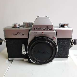 Minolta SRT 201 chrome body
