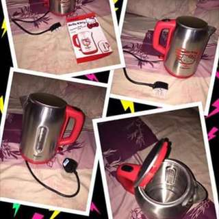 1x Cornell Hello Kitty Stainless Steel Jug Kettle For $100 Negotiable !