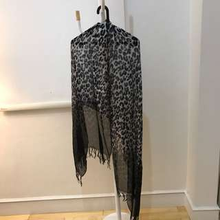 Leopard scarf 🧣