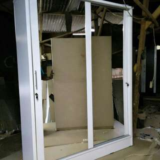Lemari sleding dua pintu