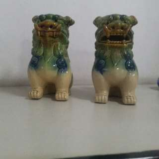 """Lion statues 1 pair (for """"feng shui"""")"""