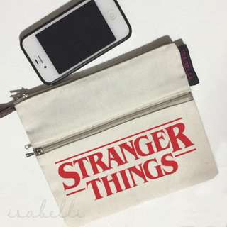 Multizip Canvas Pouch (stranger things)