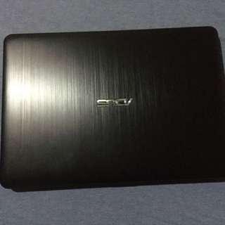 Asus Laptop rush