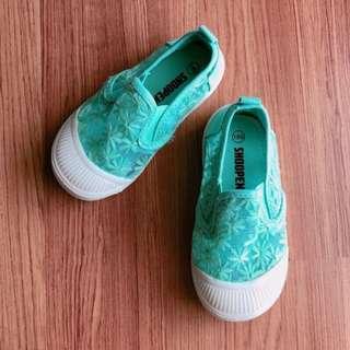 New Shoopen Green Unisex Shoe