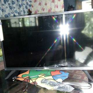"32"" Brand New Changhong Led Tv"