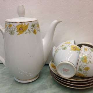 Porcelain-Teaset9pcs.
