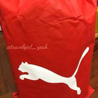 (客人訂購示範) Puma福袋(5items)內有外套 背包 T恤一套運動套裝 帽