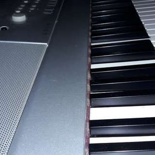 Digital Piano Yamaha Grand DGX 640