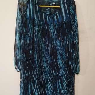 Dress strip blue