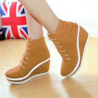 Wedges Shoes Tan