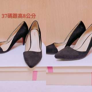 🚚 黑色跟鞋