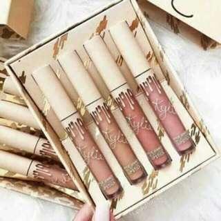 Onhand!!!! Kylie Send me nude set of 4
