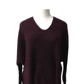 酒紅V領毛衣