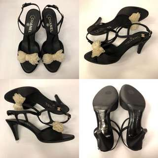 Chanel with white bow sandals size 37