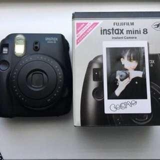 Black Instax Mini 8