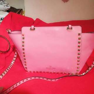 Valentino Light Pink Handbag  98% New  Serius Buyer Only No Issue