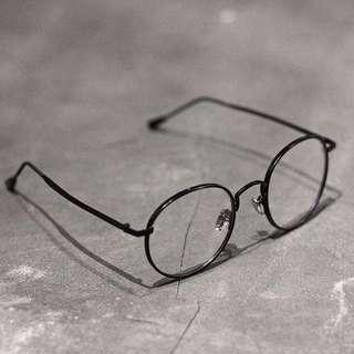 Kacamata vintage rounded hitam
