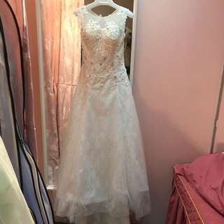 gown rentals/wedding gown/ROM gown