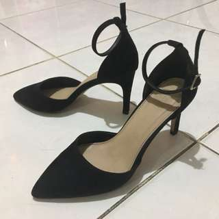 High Heels Hitam ( Black ) FOREVER 21