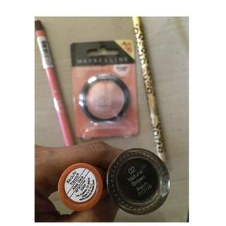 Bundle of make-ups for 250