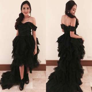 FOR RENT: Black Elegant Off Shoulder Long Back Gown