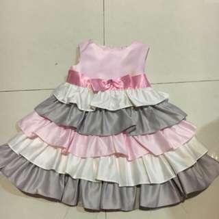 dress tingkat