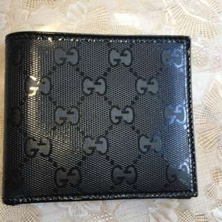 Gucci Men's wallet (new - never used)