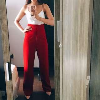 Red highwaist pants