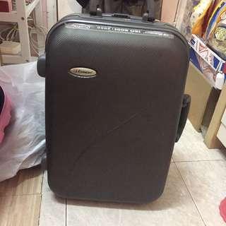 手提行李喼