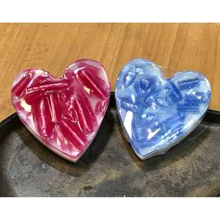 soaps_divine -- Handcrafted Artisanal Soaps -- Valentine Hearts and Roses I --XOXO