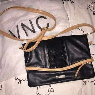 REPRICE Clutch Brand VNC