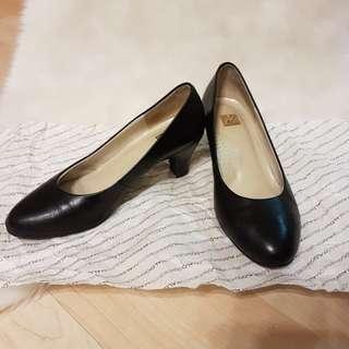 阿瘦 黑色真皮 空姐鞋 工作鞋 面試鞋 櫃姐 OL