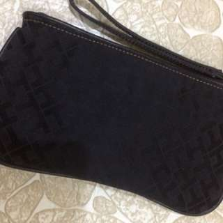 Tommy Hilfiger pouch wallet 😊