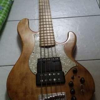 Edwards 5string bass