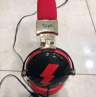 Typo earphones