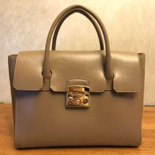 Furla handbag 95% new