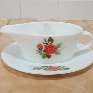 Antique pyrex cottage rose gravy boat