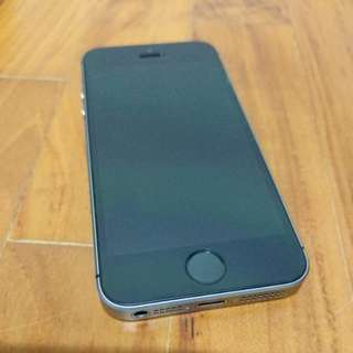 IPhone SE 64 GB Space Grey