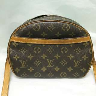 Authentic LV Blois Good Condition
